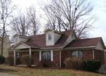 Foreclosed Home in Radcliff 40160 SKYLINE DR - Property ID: 2939576516