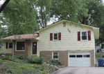 Foreclosed Home in Liberty 64068 HOWARD LN - Property ID: 2946638405