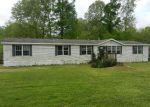 Foreclosed Home in Vicksburg 39180 GIBSON RD - Property ID: 2949129603