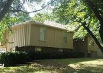 Foreclosed Home in Independence 64057 TEPEE AVE - Property ID: 2949136167