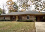 Foreclosed Home in Nashville 71852 W HOWARD ST - Property ID: 2950130819