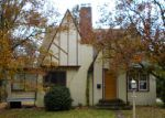Foreclosed Home in Stroudsburg 18360 OAKWOOD AVE - Property ID: 2952709155