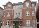 Foreclosed Home in Chicago 60612 W WARREN BLVD - Property ID: 2955921707