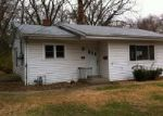 Foreclosed Home in Belleville 62221 APPLE TREE LN - Property ID: 2955966374