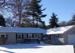 Foreclosed Home in Cascade 21719 WARREN AVE - Property ID: 2956885691