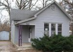 Foreclosed Home in Springfield 65802 S CRUTCHER AVE - Property ID: 2958872777