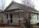 Foreclosed Home in Elizabethton 37643 TIPTON ST - Property ID: 2960060559