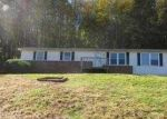 Foreclosed Home in Elizabethton 37643 JENKINS HOLLOW RD - Property ID: 2960062306
