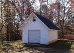 Foreclosed Home in Toccoa 30577 CRESCENT DR - Property ID: 2961087159