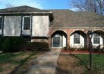 Foreclosed Home in Kansas City 64151 NW COVES DR - Property ID: 2966406357
