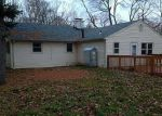 Foreclosed Home in Bloomfield 06002 PICKET LN - Property ID: 2974641586