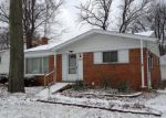Foreclosed Home in Livonia 48152 MAPLEWOOD ST - Property ID: 2997944426