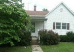 Foreclosed Home in Morrisonville 62546 SE 5TH ST - Property ID: 2999659537