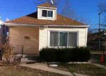 Foreclosed Home in Chicago 60617 S AVENUE L - Property ID: 2999796626