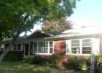 Foreclosed Home in Stratford 6614 MOUNT PLEASANT AVE - Property ID: 3000413283