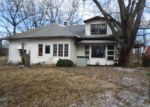 Foreclosed Home in Bonnie 62816 S COUNTY HIGHWAY 13 - Property ID: 3000869215