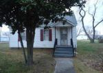 Foreclosed Home in Ina 62846 PARK AVE - Property ID: 3001006752