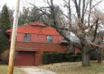 Foreclosed Home in Peoria 61603 E MELBOURNE AVE - Property ID: 3001167930
