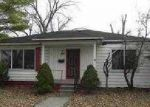 Foreclosed Home in Lincoln Park 48146 APPLEWOOD AVE - Property ID: 3002785352