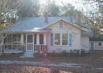 Foreclosed Home in Red Springs 28377 N VANCE ST - Property ID: 3008037540