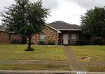 Foreclosed Home in Seagoville 75159 CROSSCREEK LN - Property ID: 3014634300
