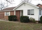 Foreclosed Home in Knoxville 37914 ASBURY RD - Property ID: 3016425622