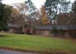 Foreclosed Home in Nacogdoches 75965 CROOKED CREEK DR - Property ID: 3016601237