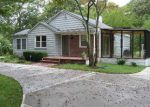 Foreclosed Home in Shirley 11967 MERRICK RD - Property ID: 3018374158