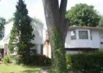 Foreclosed Home in Hempstead 11550 BOTSFORD ST - Property ID: 3018585711