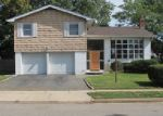Foreclosed Home in Westbury 11590 CANTIAGUE LN - Property ID: 3018733748