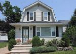 Foreclosed Home in Westbury 11590 ORCHARD ST - Property ID: 3018939141