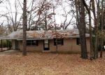 Foreclosed Home in Benton 72019 CARRIE DR - Property ID: 3023981997