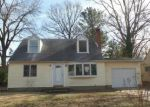 Foreclosed Home in Glen Burnie 21060 MARTHA RD - Property ID: 3035584797