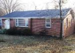 Foreclosed Home in Tullahoma 37388 MAPLEWOOD AVE - Property ID: 3036324979