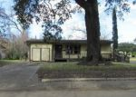 Foreclosed Home in Lake Jackson 77566 CAMELLIA ST - Property ID: 3036425709