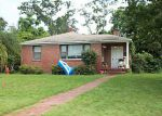 Foreclosed Home in Jacksonville 32211 MAGNOLIA CIR N - Property ID: 3036890839