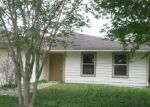 Foreclosed Home in Jacksonville 32244 BANDERA CIR N - Property ID: 3038034377