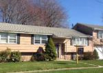 Foreclosed Home in Hamden 06517 WILLIAMSON RD - Property ID: 3038561256