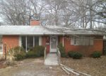 Foreclosed Home in Belleville 62226 GILBERT ST - Property ID: 3040410381