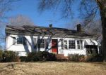 Foreclosed Home in Laurens 29360 CHURCH ST - Property ID: 3056121837