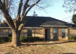 Foreclosed Home in Garland 75040 COLBATH DR - Property ID: 3071011192