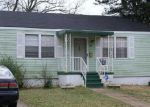 Foreclosed Home in Birmingham 35211 ALEMEDA AVE SW - Property ID: 3071939255