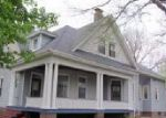 Foreclosed Home in Carlinville 62626 N BROAD ST - Property ID: 3106563290