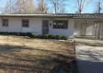 Foreclosed Home in Baton Rouge 70812 ARBOR VITAE DR - Property ID: 3106780536