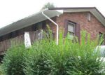 Foreclosed Home in Manchester 40962 TOWN BRANCH RD - Property ID: 3114299225