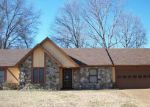 Foreclosed Home in Memphis 38125 SPRING OAK CV - Property ID: 3114422297