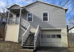 Foreclosed Home in Staunton 24401 B ST - Property ID: 3118086388