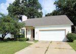 Foreclosed Home in Grand Rapids 49508 MANORWOOD DR SE - Property ID: 3118443788
