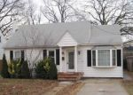 Foreclosed Home in Glen Burnie 21061 4TH AVE SW - Property ID: 3120480353