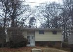 Foreclosed Home in Lanham 20706 ROLLING VIEW DR - Property ID: 3120485617